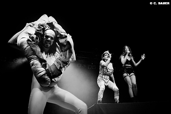 Peaches live in Berlin im Huxleys Foto: MUSIKMUSSMIT