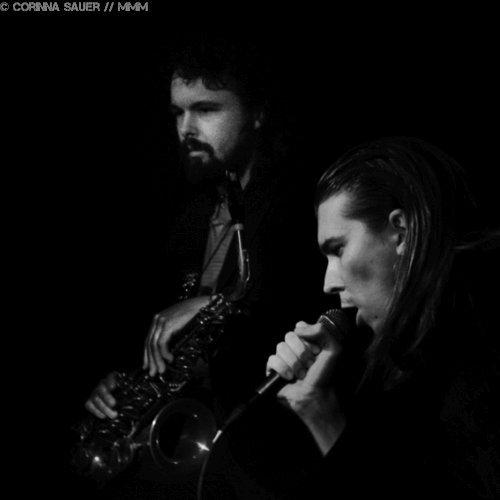 Interview mit Alex Cameron und Roy Molloy Foto Corinna Sauer MUSIKMUSSMIT