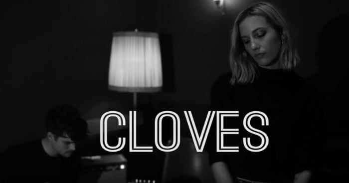 Cloves Livesession mit MUSIKMUSSMIT im Privatclub Berlin