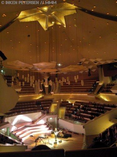 Fenne Lily Support Charlie Cunningham Konzertbericht MUSIKMUSSMIT Foto Inken Petersen