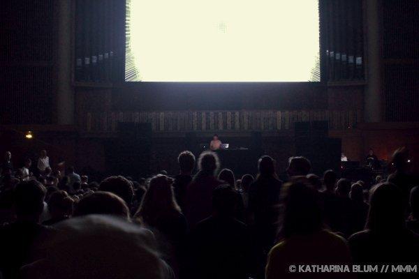 Rival Consoles und Max Cooper live im Funkhaus Berlin Konzertbericht MUSIKMUSSMIT