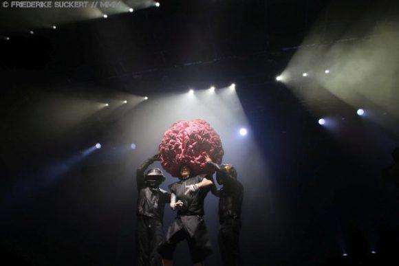 Kollektives Ausrasten: Deichkind live in Berlin | Konzertbericht