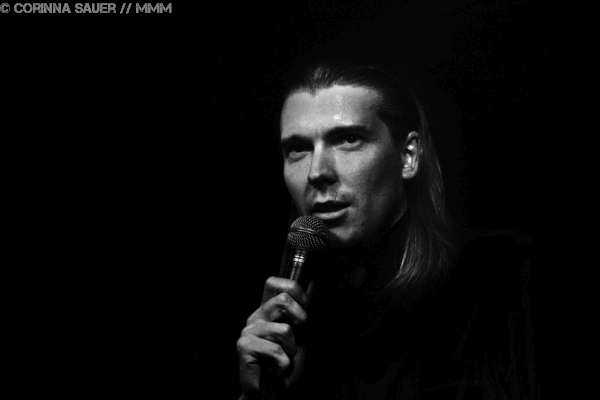 Interview mit Alex Cameron Foto Corinna Sauer MUSIKMUSSMIT